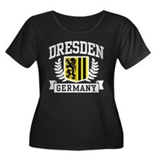 Dresden Germany Women's Plus Size Scoop Neck Dark