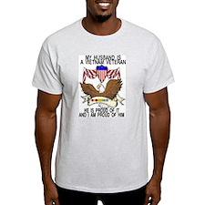 viet vet husband ribbons T-Shirt