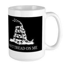 Don't Tread on Me (black) Mug