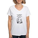 doctor joke Women's V-Neck T-Shirt