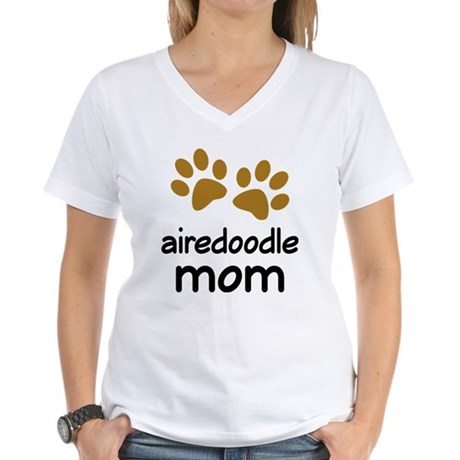 Cute Airedoodle Mom Women's V-Neck T-Shirt