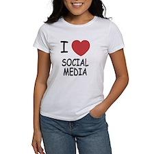 I heart social media Tee