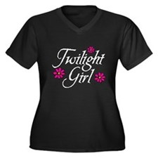 Twilight Girl Flowerz Women's Plus Size V-Neck Dar