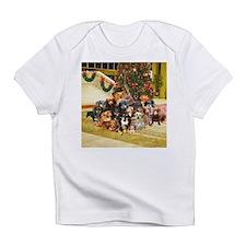 A Dachshund Family Christmas Infant T-Shirt