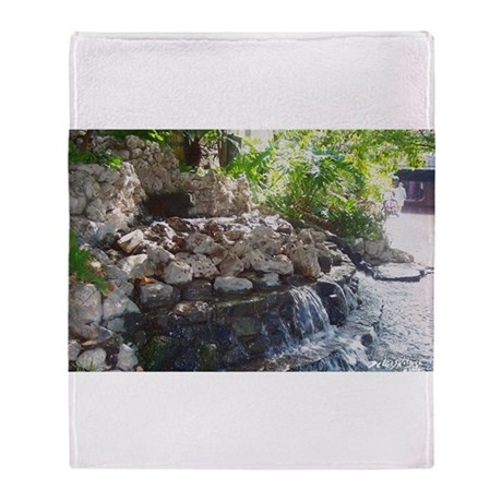 Garden Waterfall Throw Blanket