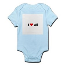 I * Ali Infant Creeper