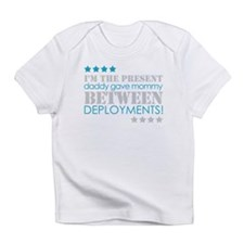 Cute I support my soldier Infant T-Shirt