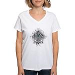 Faith Cross Ovarian Cancer Women's V-Neck T-Shirt