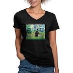 Bridge / Poodle (Black) Women's V-Neck Dark T-Shir