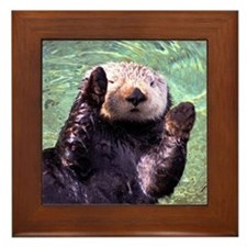 Waving Otter Framed Tile