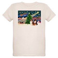 XmasMagic/2 Shelties(p3) T-Shirt