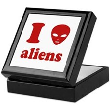 I Love Aliens Keepsake Box
