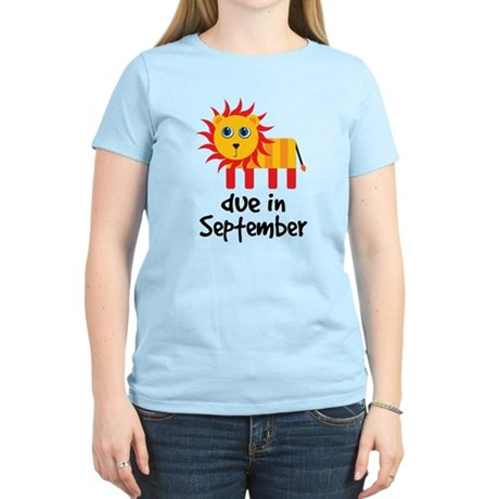 Lion Design September Due Date Women's Light T-Shi