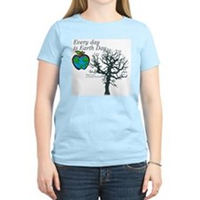 Every day is Earth Day Women's Pink T-Shirt