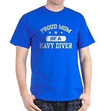 Proud Navy Diver Mom T-Shirt