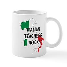 ital teachersx-Italy_looking_like_the_flag_ Mugs