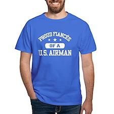 Proud Fiancee of a US Airman T-Shirt