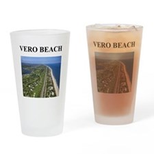 vero beach gifts and t-shirts Pint Glass