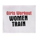 Girls workout women train Throw Blanket