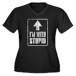 Vintage I'm With Stupid [u] Women's Plus Size V-Ne
