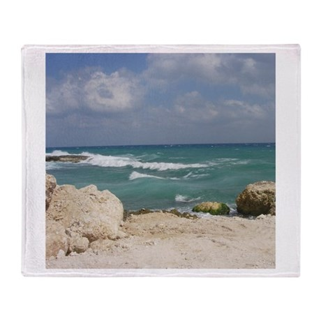Rocky Beach Throw Blanket