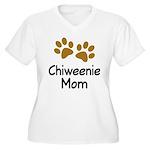 Cute Chiweenie Mom Women's Plus Size V-Neck T-Shir