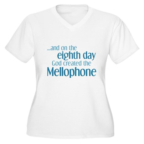 Mellophone Creation Women's Plus Size V-Neck T-Shi