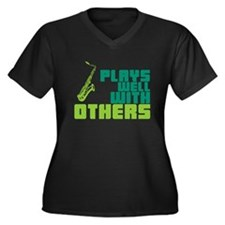 Saxophone (Plays Well With Others) Women's Plus Si
