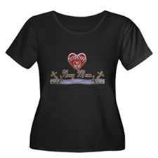 Proud Navy Mom Women's Plus Size Scoop Neck Dark T