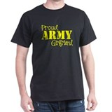 Proud Army Girlfriend Black T-Shirt