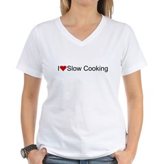 I Heart Slow Cooking V-Neck Women's Tee