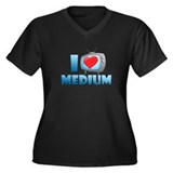 I Heart Medium Women's Plus Size V-Neck Dark T-Shi