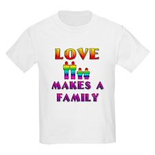 Love Makes Family (Males) Kids T-Shirt