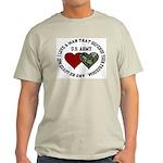 US Army - I love a man that.. Ash Grey T-Shirt