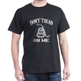 Don't Tread On Me! -  T-Shirt