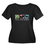 Peace, Love, Newfies Women's Plus Size Scoop Neck