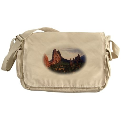 Offroad Majesty Messenger Bag
