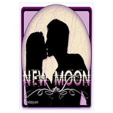 New Moon Midnight Kiss
