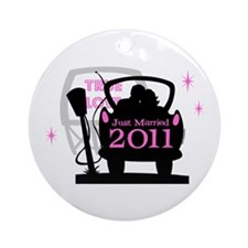 Drive In Newlyweds 2011 Ornament (Round)