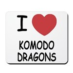 I heart komodo dragons Mousepad
