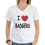 I heart badgers Women's V-Neck T-Shirt