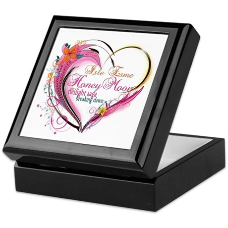 Isle Esme Honeymoon Keepsake Box