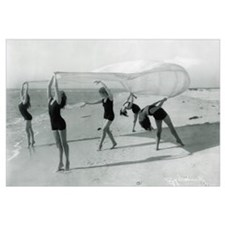 Dancing on Beach (1922)
