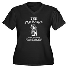 Castle - The Old Haunt Women's Plus Size V-Neck Da