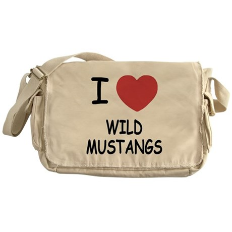 I heart wild mustangs Messenger Bag