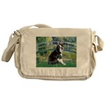 Bridge & Boston Ter Messenger Bag