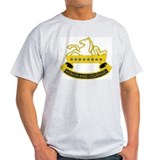 DUI - 3rd Sqdrn - 8th Cavalry Regt T-Shirt