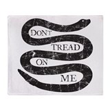 Dont tread on me Throw Blankets