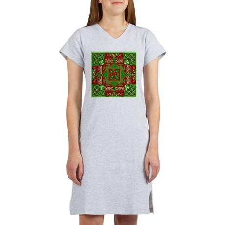 Celtic Labyrinth Holly Women's Nightshirt