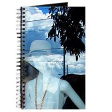 Surreal Mademoiselle / Journal